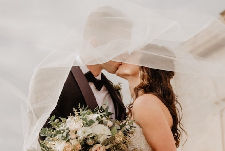 Camflare is perfect for recording your wedding videos